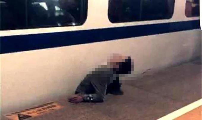男子跳下站台欲翻越轨道被轧死 家属找律师告上法庭已宣判